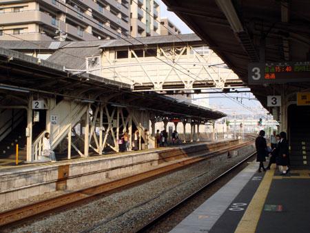 061102_nadaeki3.jpg