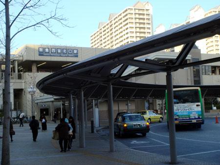 061229_阪急西宮北口駅