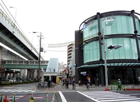 090320_九条駅前