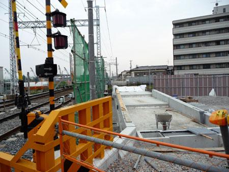 090618_摂津市駅工事