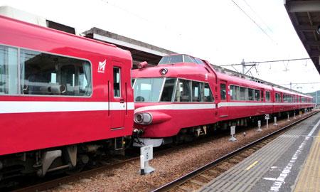 090711_7000系パノラマカー・内海駅