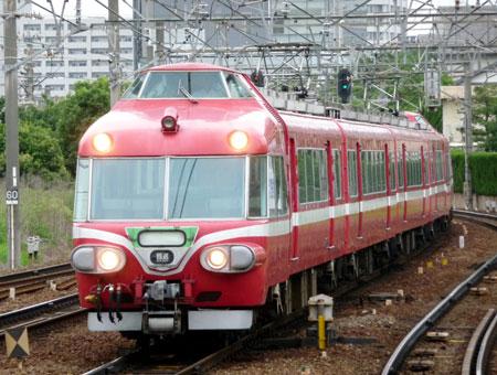 090711_7000系パノラマカー・神宮前駅