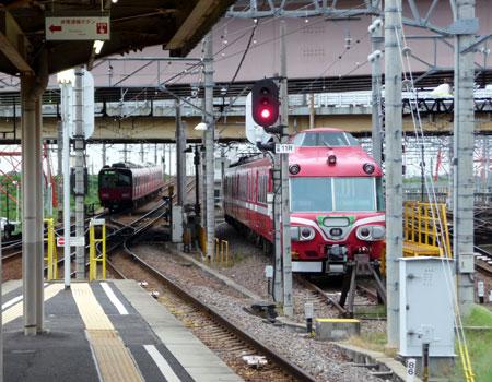 090712_7000系パノラマカー・豊明検車区