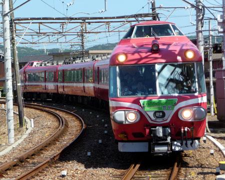 090808_7000系パノラマカー・吉良吉田駅