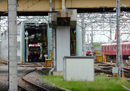090809_7000系パノラマカー・豊明検車区