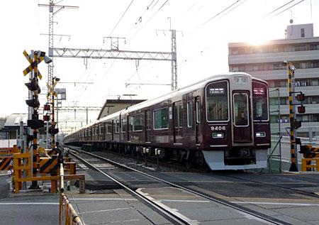 100208_摂津市駅工事・9300系