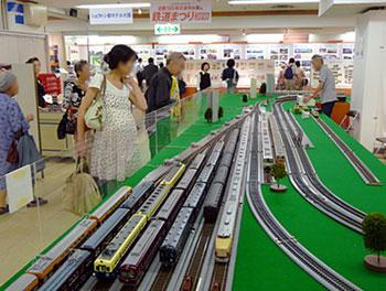 100921_近鉄100年のあゆみ展