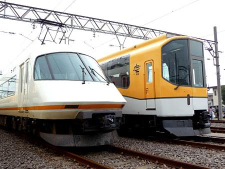 101113_きんてつ鉄道まつり2010・アーバンライナーplus・楽