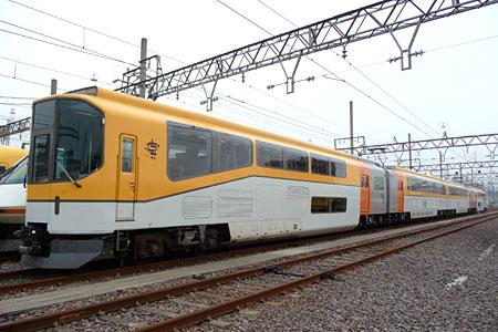 101113_きんてつ鉄道まつり2010・20000系「楽」