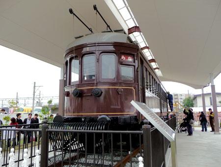 101113_きんてつ鉄道まつり2010・デボ1形