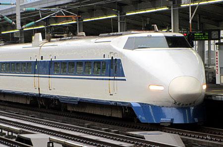 120306_100系・三原駅