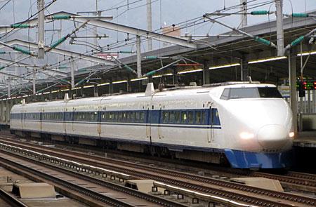 120307_100系・三原駅
