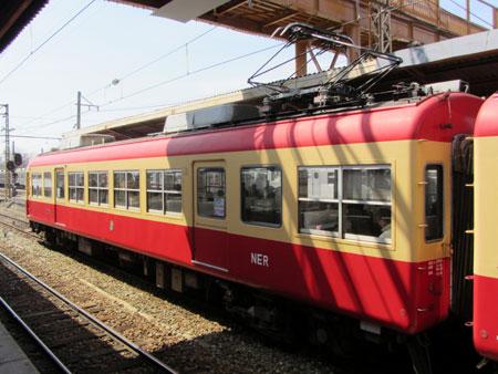 120329_長野電鉄2000系・須坂駅