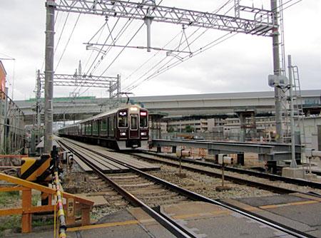 120501_阪急西山天王山駅 建設現場・9300系