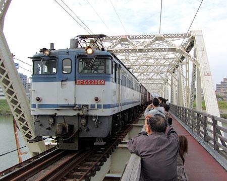 131031_城東貨物線赤川鉄橋(淀川橋梁)・EF65
