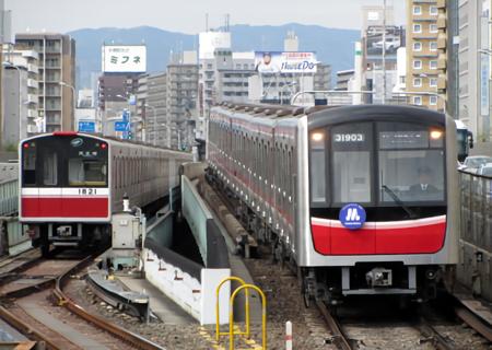 180405_オオサカメトロ30000系・新大阪駅